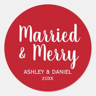 Adesivo Redondo Círculo vermelho do feriado casado & alegre do