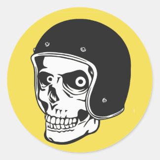 Adesivo Redondo Crânio com capacete