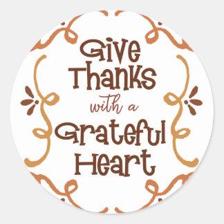 Adesivo Redondo Dê obrigados com um coração grato