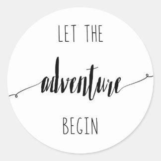 Adesivo Redondo Deixe a aventura começar citações