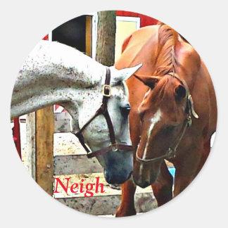 Adesivo Redondo Dois cavalos que fazem amigos