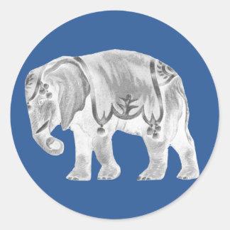 Adesivo Redondo Elefante branco do circo no azul turco do mar