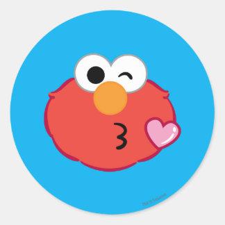 Adesivo Redondo Elmo enfrenta o jogo de um beijo