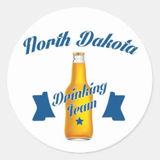Adesivo Redondo Equipe do bebendo de North Dakota