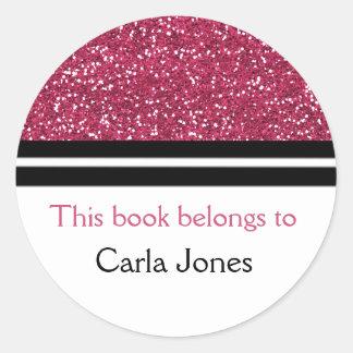 Adesivo Redondo Este livro pertence ao brilho cor-de-rosa dos
