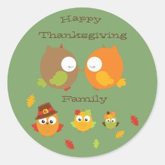 Adesivo Redondo Família feliz da acção de graças minha coruja