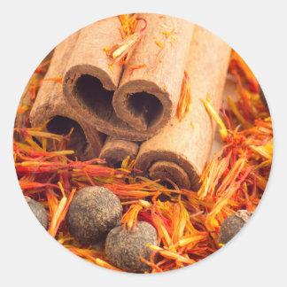Adesivo Redondo Fim-acima das especiarias e das ervas da cozinha