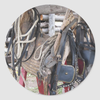 Adesivo Redondo Freios e bocados de couro gastos do cavalo