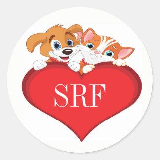 Adesivo Redondo Gato bonito e cão com coração