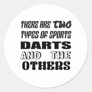 Adesivo Redondo Há dois tipos de dardos e de outro dos esportes