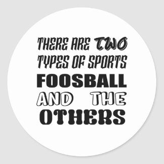 Adesivo Redondo Há dois tipos de esportes Foosball e outro
