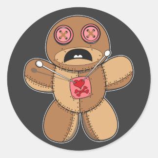 Adesivo Redondo Ilustração da boneca do Voodoo