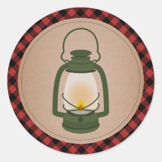 Adesivo Redondo Lanterna de acampamento verde da xadrez