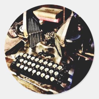 Adesivo Redondo Máquina de escrever antiga Oliver #9