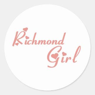 Adesivo Redondo Menina do monte de Richmond