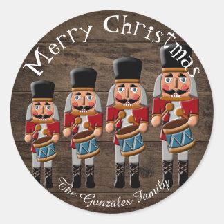 Adesivo Redondo Nutcracker de madeira rústico do Natal do país