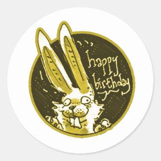 Adesivo Redondo o coelho engraçado confuso diz desenhos animados