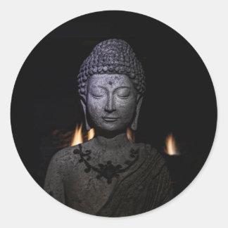 Adesivo Redondo O fogo dentro do Buddha