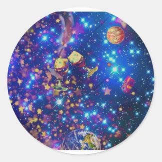 Adesivo Redondo O universo e os planetas comemoram a vida com um