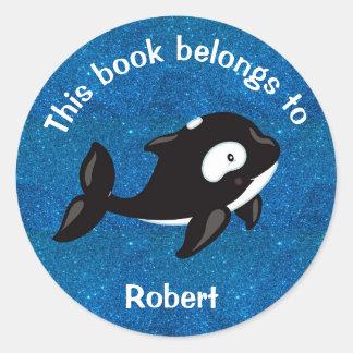 Adesivo Redondo Orca branca preta bonito no azul Glittery