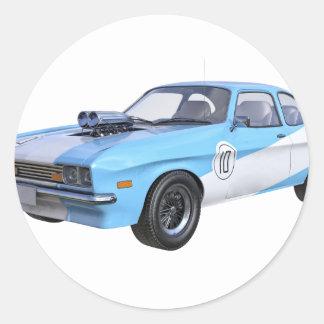Adesivo Redondo os anos 70 azuis e carro branco do músculo