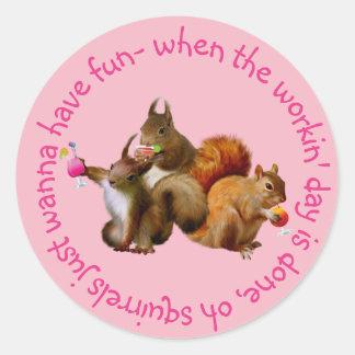 Adesivo Redondo Os esquilos apenas querem ter o divertimento