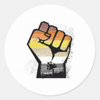ADESIVO REDONDO OS URSOS RESISTEM - A RESISTÊNCIA DE LGBT -- -