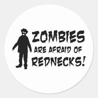 Adesivo Redondo Os zombis estão receosos dos campónios