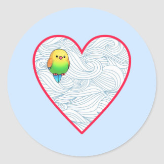 Adesivo Redondo Pássaro de bebê bonito no coração vermelho doce