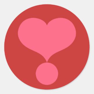 Adesivo Redondo Ponto de exclamação dado forma coração