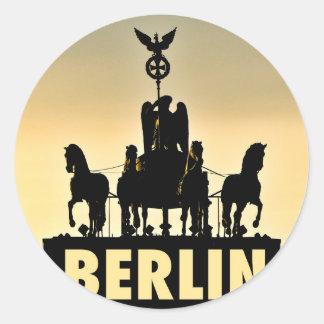 Adesivo Redondo Porta de Brandemburgo do Quadriga 002,1 de BERLIM