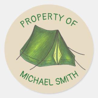 Adesivo Redondo Propriedade da engrenagem de acampamento verde da