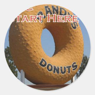 Adesivo Redondo Rosquinhas Long Beach Califórnia LBC de Ransdys