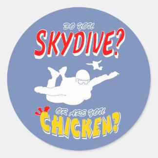 Adesivo Redondo Skydive ou galinha? (branco)