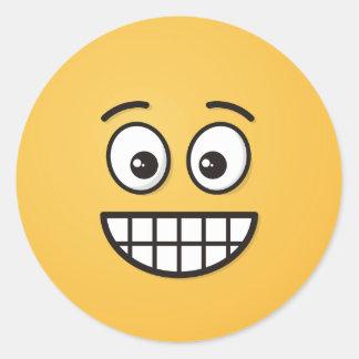 Adesivo Redondo Sorrindo a cara com olhos abertos