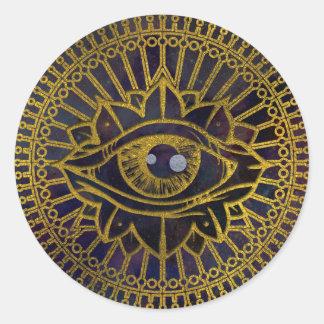 Adesivo Redondo Todo o ouro místico de vista do olho no céu da