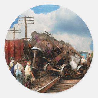 Adesivo Redondo Trem - acidente - cabeças de terminação 1922