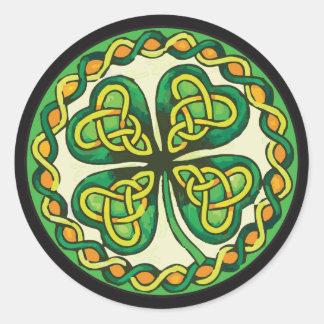 Adesivo Redondo Trevo irlandês em nós celtas