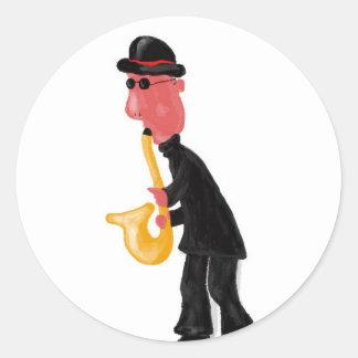 Adesivo Redondo Um homem que joga o saxofone