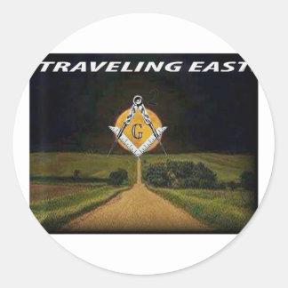 Adesivo Redondo Viagem para o leste