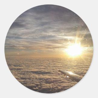 Adesivo Redondo voe os céus celestiais
