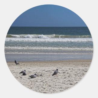 Adesivo Redondo Watchin o rolo da maré afastado
