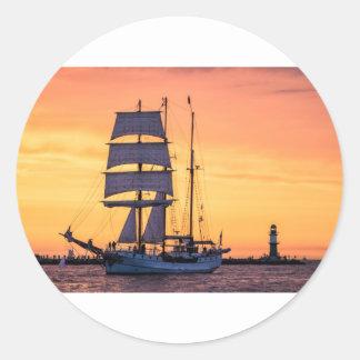 Adesivo Redondo Windjammer no mar Báltico