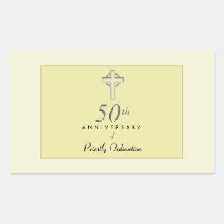 Adesivo Retangular 50th Aniversário do padre com cruz gravada