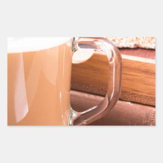 Adesivo Retangular Caneca de vidro com chocolate quente e biscoitos