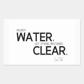 Adesivo Retangular CITAÇÕES: Lao Tzu: Água enlameada
