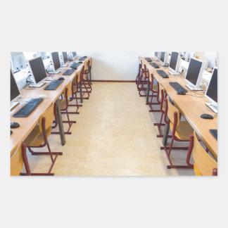 Adesivo Retangular Computadores na sala de aula da educação holandesa