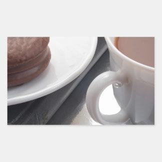 Adesivo Retangular Copo branco com cacau e o biscoito com cobertura
