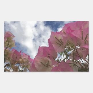 Adesivo Retangular flores cor-de-rosa contra um céu azul