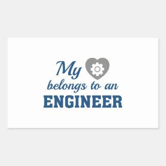 Adesivo Retangular O coração pertence engenheiro